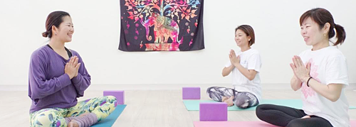 Yoga salon of popular yoga instructor in Okinawa